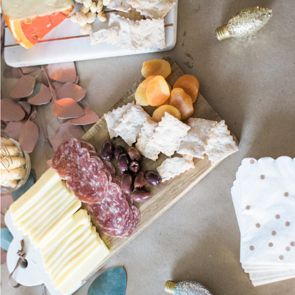 Easy appetizer spread for your next party | www.okayestmoms.com