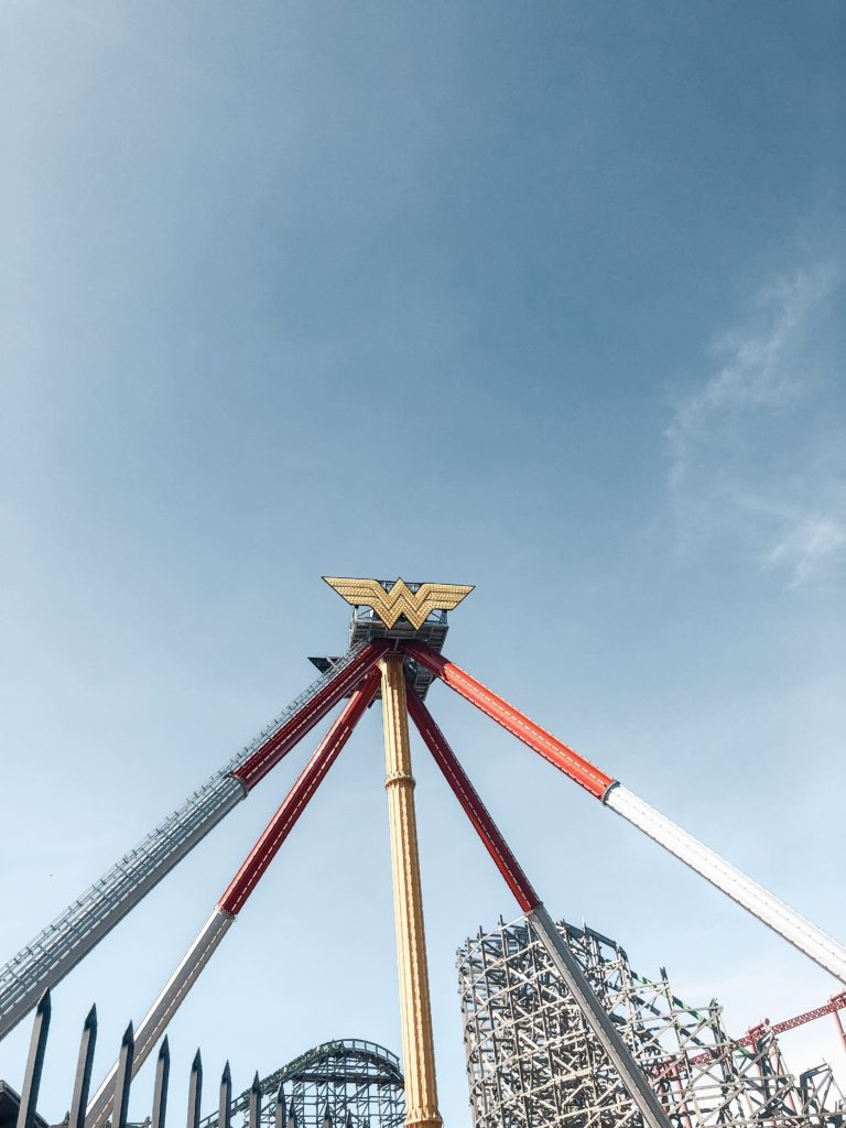 Wonder Woman Six Flags