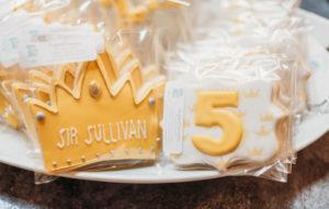 cookie favor royal birthday