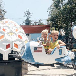kids on Great America ride